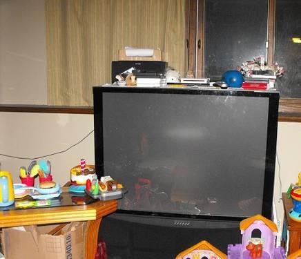 46'' Sharp Aquos LED TV