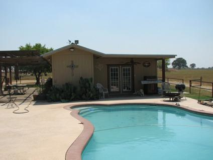 3 br 3 ba ranch home on 25 acres with pool pool house