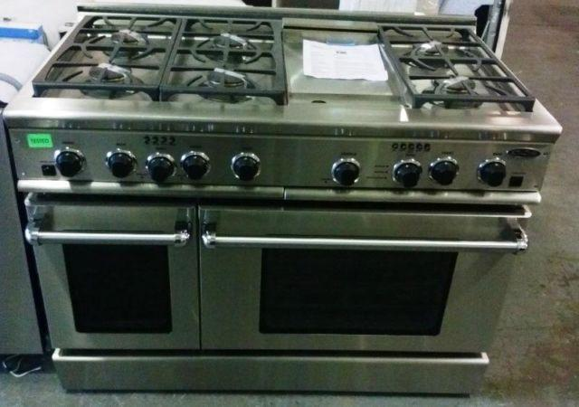 48 Pro Style Gas Range W 6 Burners  Griddle NEW