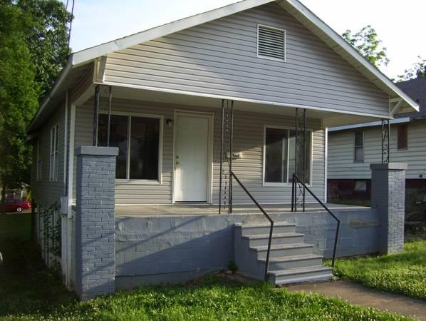 2br - 1100ft² - Cute 2 Bedroom House for rent for rent in ...