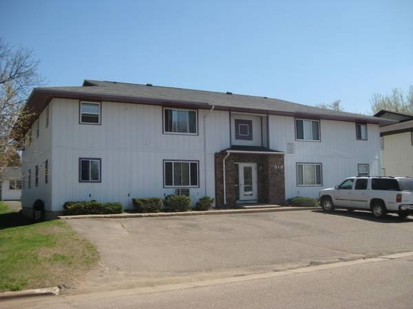 2br 775ft 2 bedroom apartment near kfc for rent in eau claire wisconsin classified 1 bedroom apartments in eau claire wi