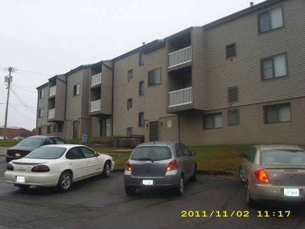 2br rustic ridge apartments 2 bedrooms available move 2 bedroom apartments cedar rapids iowa
