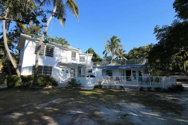 Waterfront Keys Villa Concrete Home For Sale In