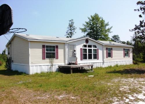 4BD, 2BA, Home on 1.43 Acres in Fountain, FL