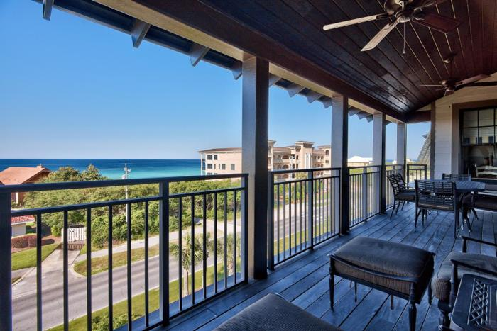4TH FLOOR GULFVIEW CONDO