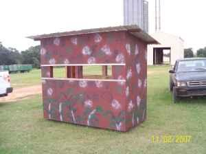 4x8 shooting house - $550 (Wicksburg.AL)