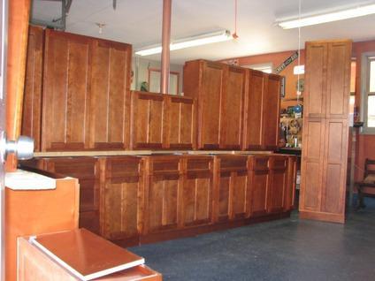 Cherry Shaker Kitchen Cabinets