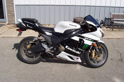 $5,250 2005 Kawasaki Ninja 636 ZX6R Monster Energy