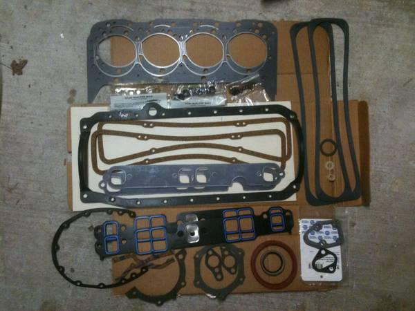 5.7 Engine overhaul kit - $250
