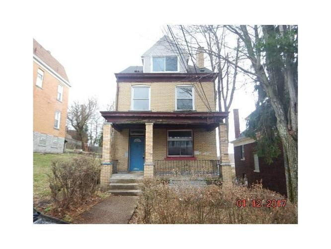 5 Bed 1 Bath House 2648 VETERAN ST