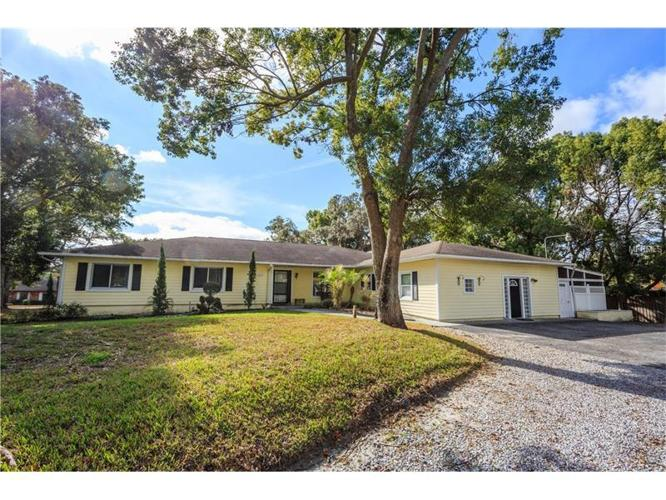 5 Bed 2 Bath House 1505 W LAKE MARY BLVD