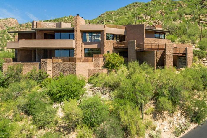 5 Bed 2 Bath House 7207 E Stone Canyon Dr For Sale In Tucson Arizona Classified