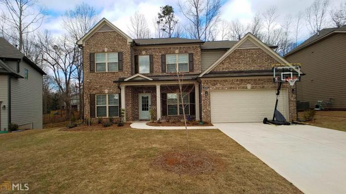 5 Bed 3 Bath House 4720 PLEASANT WOODS DR