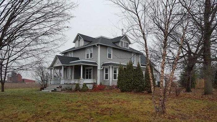 5 Bedroom 2.00 Bath Single Family Home, Reedsburg WI,