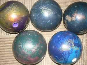 5 BOWLING BALLS (WINTER SPRINGS)