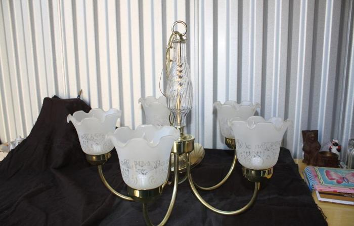 Brass Chandelier For In Virginia Classifieds And Americanlisted