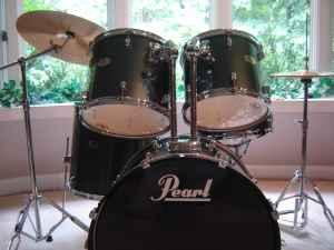 5 piece complete pearl forum drum set w cymbals and stands croom for sale in baltimore. Black Bedroom Furniture Sets. Home Design Ideas