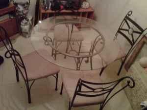 5 piece Dining room set - $50 (Woodlawn)