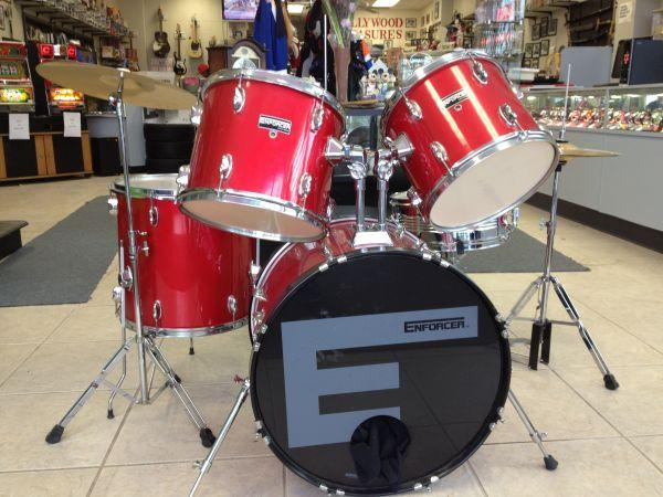 5 Piece Red Drum Set, 2 Cymbals, W/ All HardWare & Mounts, L@@K ...