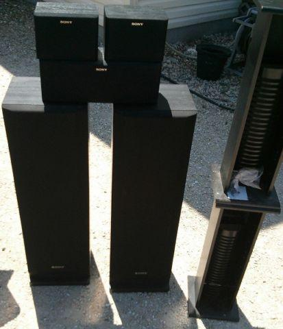 5 Vintage Sony Speaker system set. Excellent condition