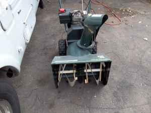 5120 BOLENS SNOWBLOWER - $250 (NEWINGTON)