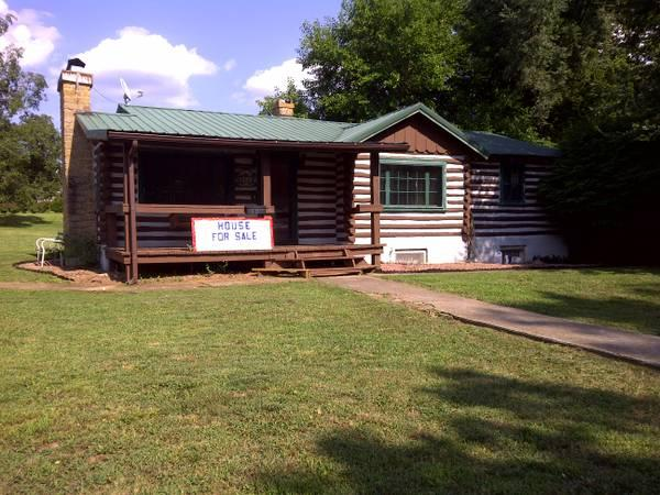 2br log cabin for sale for sale in fredericktown