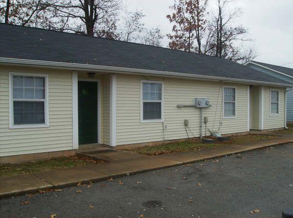 2br 850ft 2 bedroom duplex for rent in oak grove ky 1375 thompsonville lane for rent 2 bedroom apartments clarksville tn