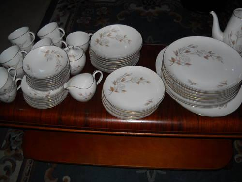 ***53 PIECE LADY FAIR CHINA***