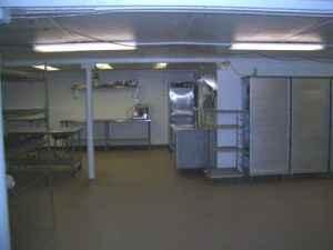 $545 / 1500ft² - KITCHEN FOR LEASE (WHITEHALL/EAST)