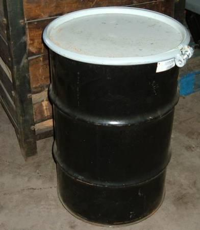 55 gallon drum / barrels w / lock ring lid - $20