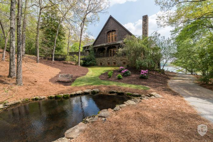 550 Feet Of Waterfront On Eight Acres