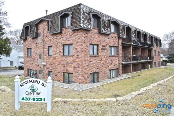 2br great 2 bedroom apartment in convenient location - Two bedroom apartments lincoln ne ...