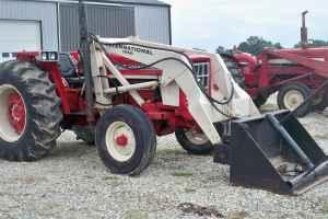 574 International Tractor w IH Loader quot PRICE REDUCED