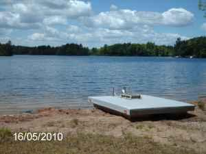 $575 / 1br - VACATION COTTAGE LAKE FRONT (Mass. / New