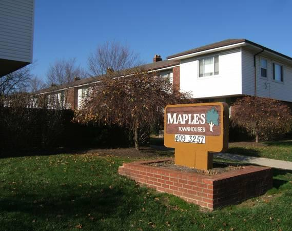 2br 750ft 178 Maples Townhouses 2br 1ba Connected 1