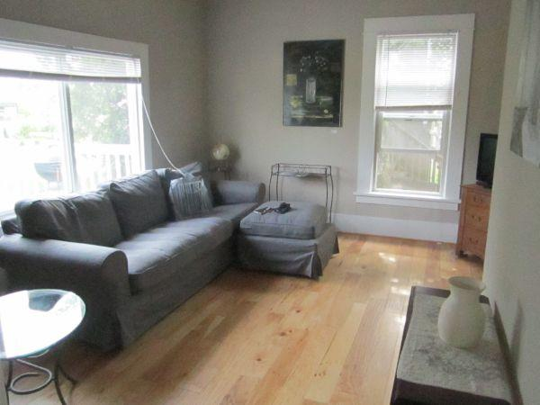 $59 / 2br - Classic! Charming/Furnished/Remodeled