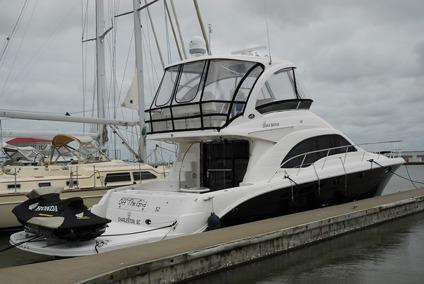 $595,000 2007 Sea Ray 52 Sedan Bridge