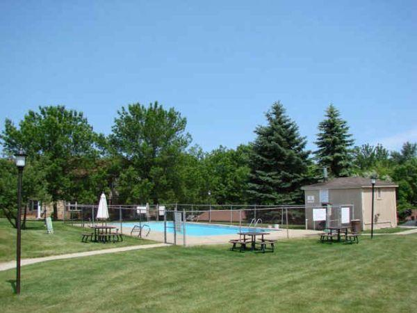 $595 / 1br   699ft²   Spacious 1 Bedroom Apartments At