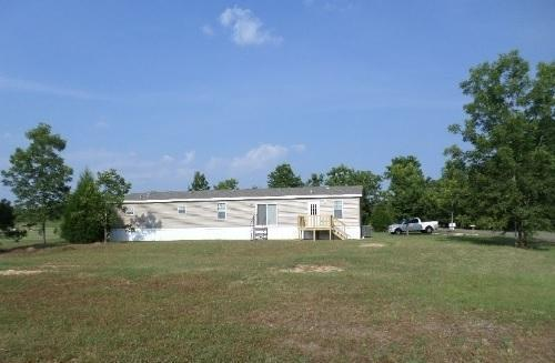 5BD, 3BA, on 2.76 Acres in Bonifay