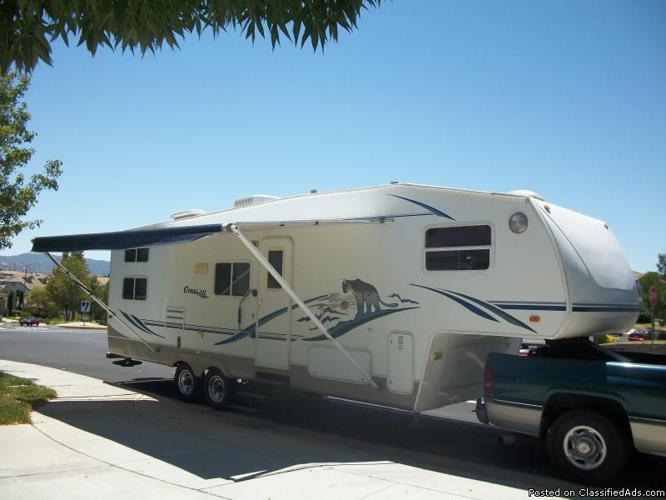 5th wheel trailer (2003 Keystone, Cougar model 281EFS 30ft- includes