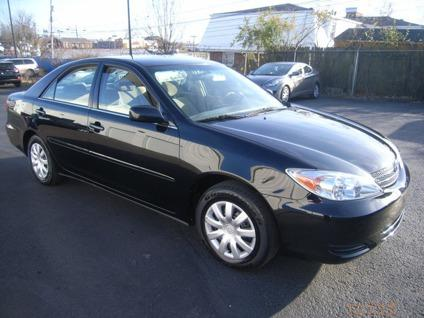 $6,695 OBO 2004 Toyota Camry LE, Black With Tan Cloth