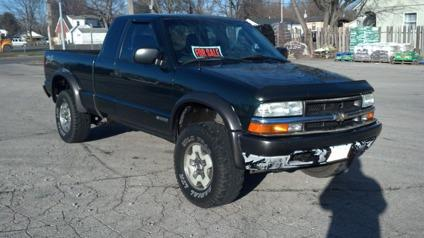 2003 chevy s10 zr2 4x4 for sale in des moines iowa classified. Black Bedroom Furniture Sets. Home Design Ideas