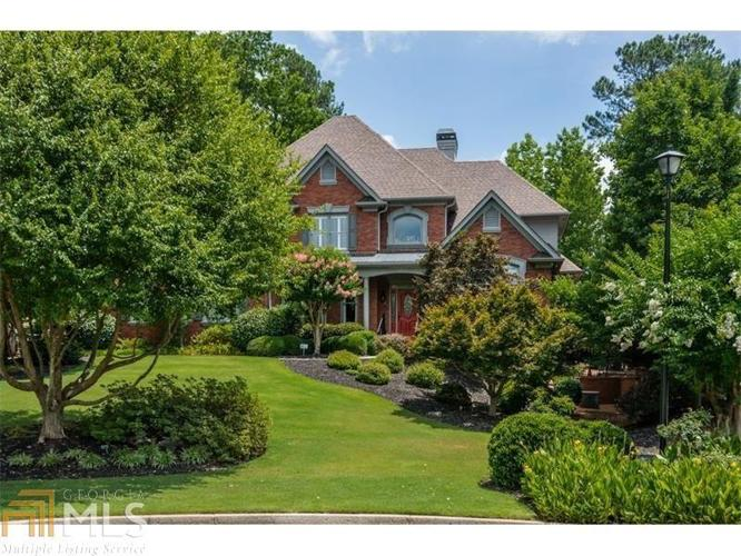6 Bed 4 Bath House 6455 DARELY CT