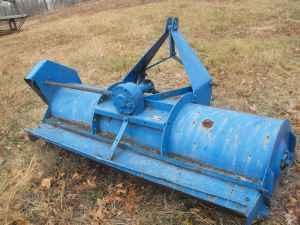 6' ford flail mower - $250 (Mammoth Spring AR)