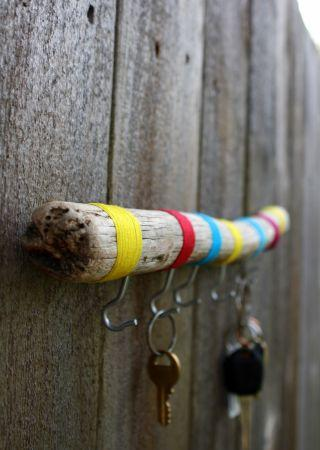 6 Funky Key Holders Made From Driftwood Each W