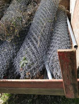 6 Galvanized Chain Link Fence Set Up 100 Feet With Posts