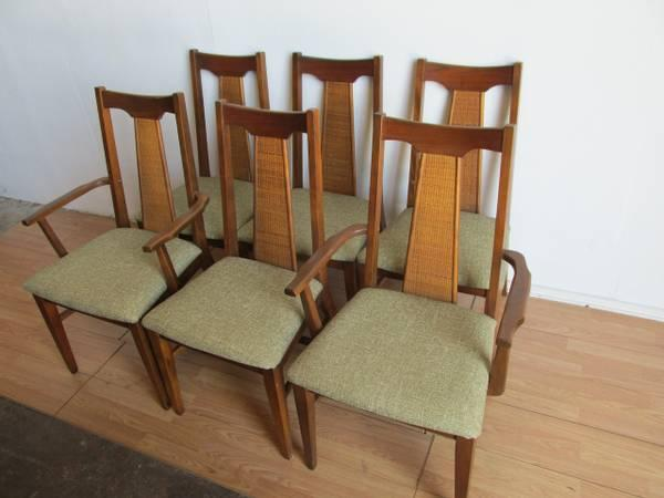 6 Mid Century Modern Walnut Dining Chairs   $475