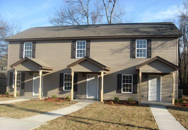2br 1000ft 2 Bedroom Triplex For Rent In Greer Jones Ave Map For Rent In Greenville