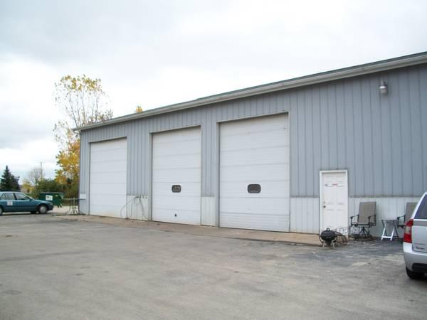 850ft 178 850 S F Building Shop For Rent 16ft Door For
