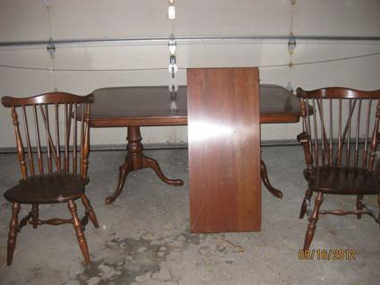 600 Ethan Allen Dining Room Table Hutch And Willet